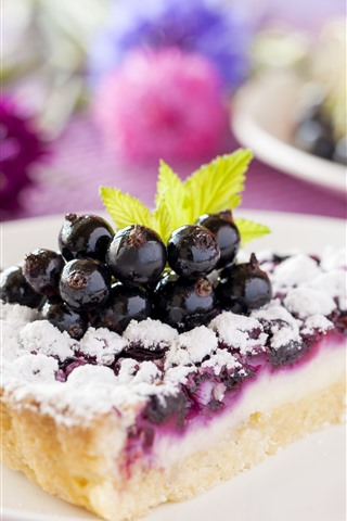 iPhone Wallpaper One slice cake, powder, berries