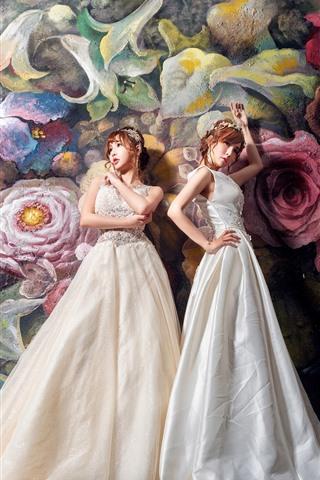 iPhone Wallpaper Two asian girls, white skirt, graffiti wall, flowers