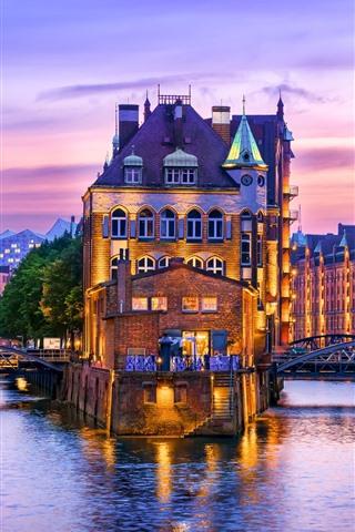 iPhone Wallpaper Germany, Hamburg, river, houses, illumination, evening