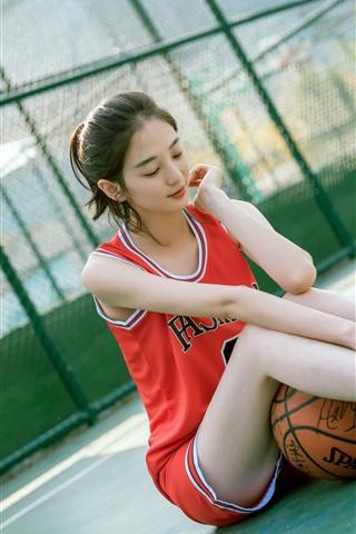 iPhone Wallpaper Lovely Chinese girl, sport, basketball