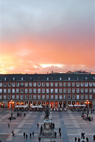 iPhone Wallpaper Madrid, Spain, city, exhibition center, square, dusk