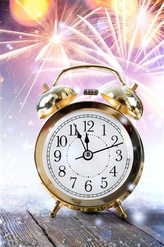 iPhone Fondos de pantalla Despertador, nieve, fuegos artificiales, año nuevo.