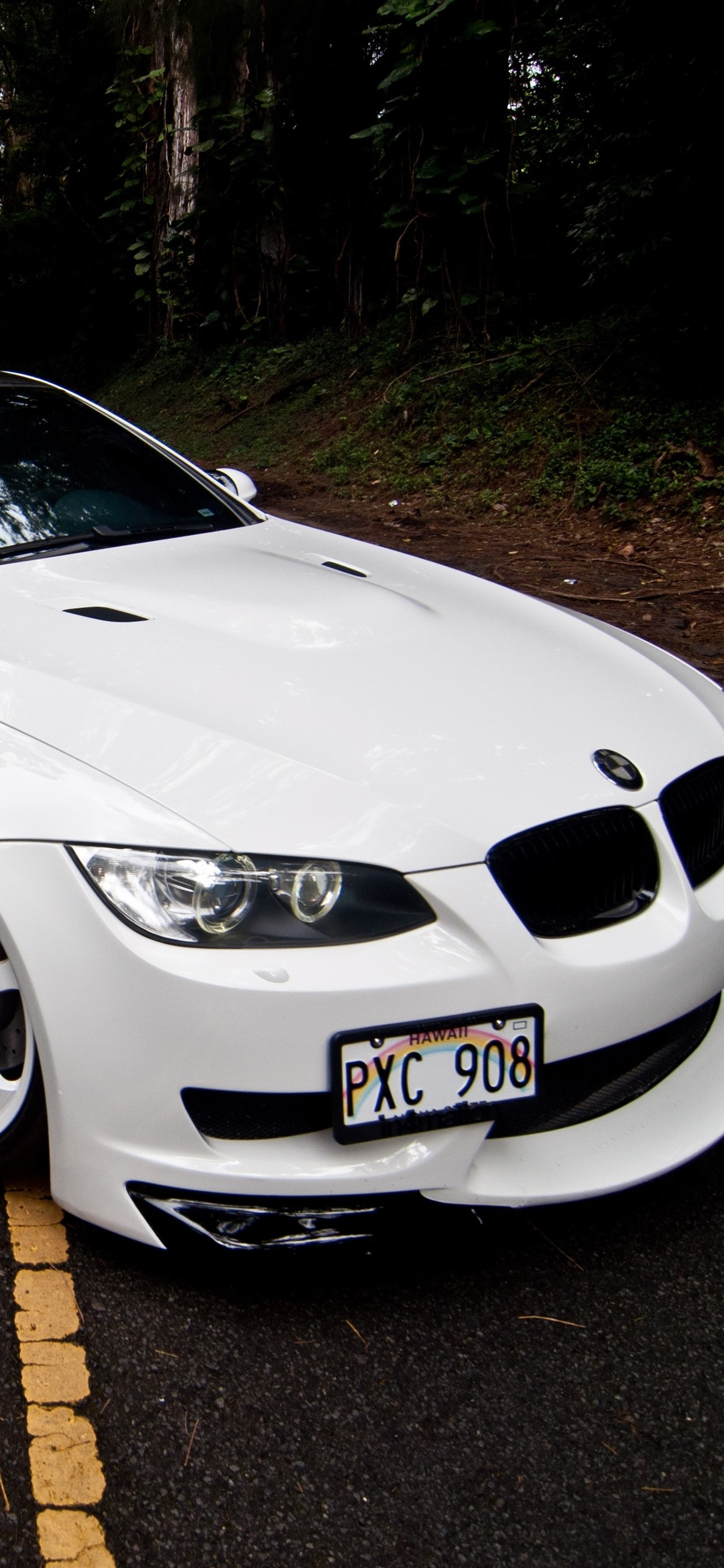 Bmw M3 E92 White Car Front View Road 1242x2688 Iphone Xs
