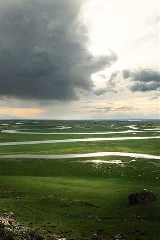 iPhone Fondos de pantalla Pradera de Bayanbulak, Xinjiang, paisaje de hermosa naturaleza, nubes, río