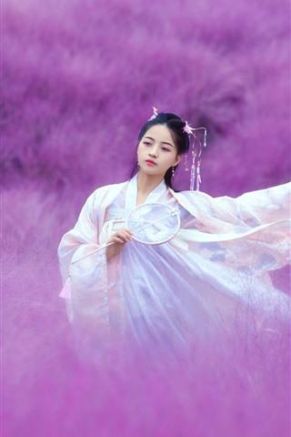 iPhone Fondos de pantalla Hermosa niña china, estilo retro, mundo de flores rosas.