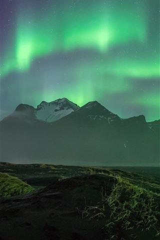 iPhone Fondos de pantalla Hermosa aurora boreal, montañas, costa, noche