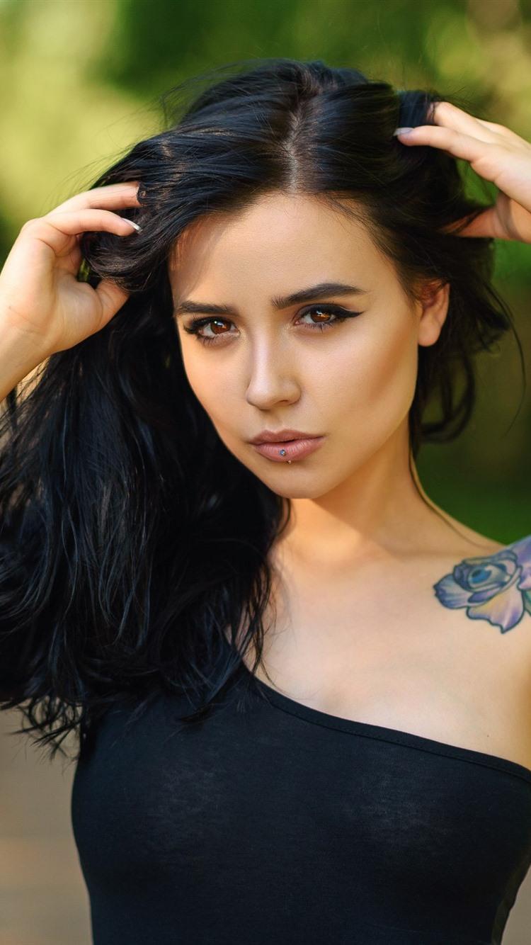 Wallpaper Black Hair Girl Brown Eyes Tattoo 2560x1600 Hd