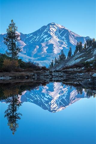 iPhone Wallpaper California, Mount Shasta, lake, mountains, trees, water reflection, USA