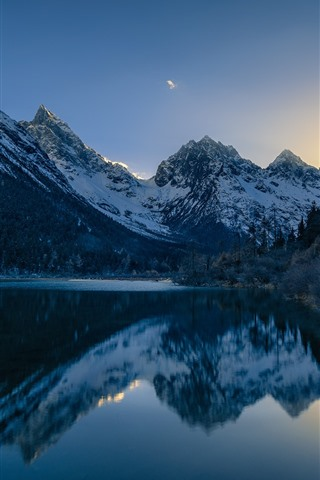 iPhone Wallpaper Chuanxi, Cailin, mountains, trees, lake, water reflection, China