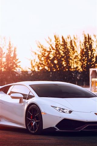 iPhone Fondos de pantalla Lamborghini Huracan supercoche blanco, puesta de sol, deslumbramiento