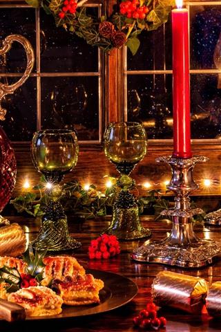 iPhone Fondos de pantalla Feliz Navidad, decoraciones, copas de vidrio, vino, velas, luces