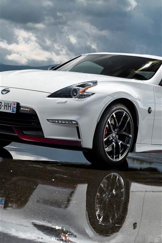 iPhone Fondos de pantalla Nissan 370Z coche blanco, agua
