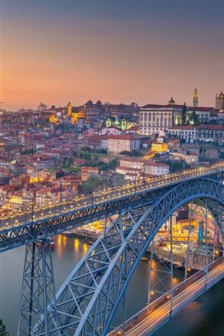 iPhone Fondos de pantalla Portugal, Oporto, río, puente, ciudad, mañana