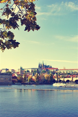 iPhone Fondos de pantalla Praga, puente, río, ciudad