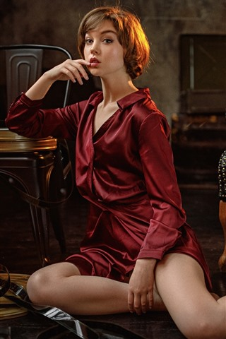 iPhone Fondos de pantalla Chica de camisa roja, pose, sillas