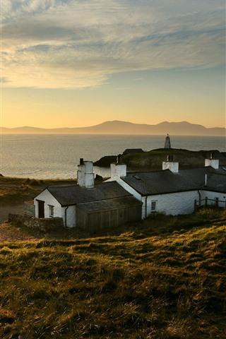iPhone Fondos de pantalla Reino Unido, país de Gales, casas, río, sol, mañana