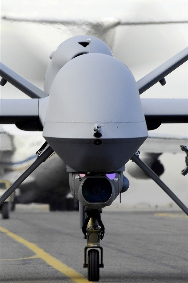 壁紙 アメリカのUAV、スパイ航空機、正面図 2560x1600 HD 無料のデスクトップの背景, 画像