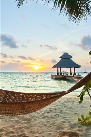 iPhone Fondos de pantalla Playa, mar, hamaca, árbol, puesta de sol, tropical.