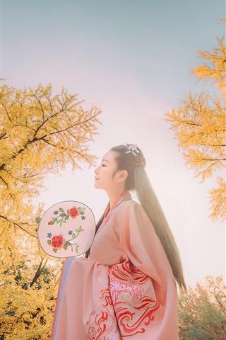 iPhone Wallpaper Beautiful Chinese girl, retro style, trees, autumn