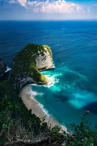 iPhone Fondos de pantalla Hermosa naturaleza paisaje, mar azul, playa, nubes, Nusa Penida.