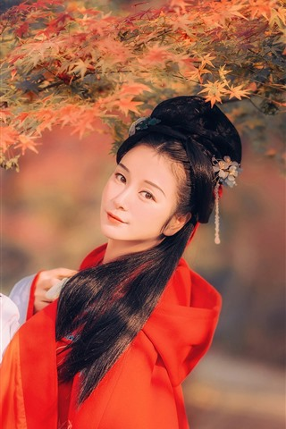 iPhone Wallpaper Beautiful retro style Chinese girl, red maple leaves, autumn