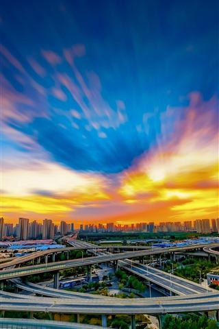 iPhone Fondos de pantalla Ciudad, China, carreteras, viaducto, edificios, nubes, puesta de sol
