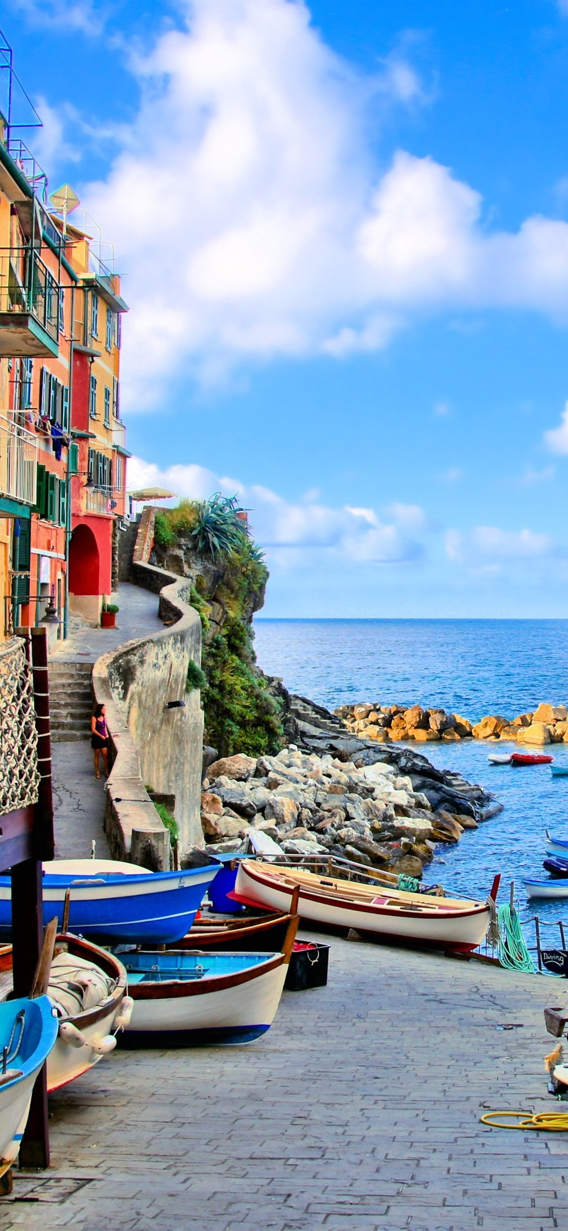 Italy Riomaggiore Houses Boats Sea 1125x2436 Iphone 11 Pro Xs X Wallpaper Background Picture Image