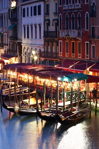 iPhone Wallpaper Italy, Venice, night, river, boats, houses, lights, city