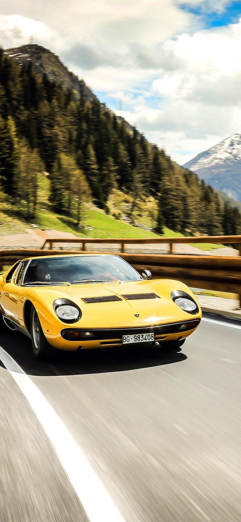 Lamborghini Lp700 4 And 1971 Yellow Supercars 828x1792 Iphone Xr