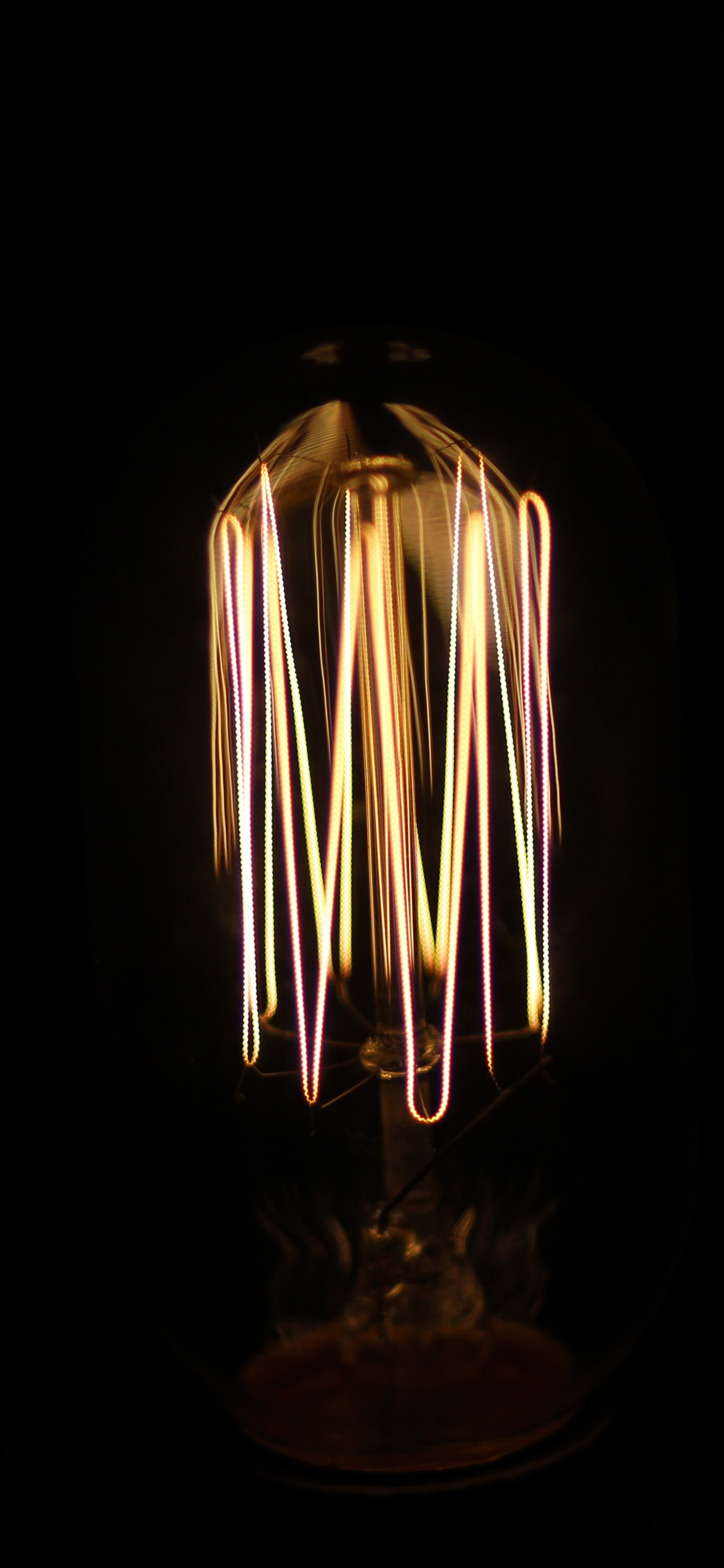 Wallpaper Lamp Light Bulb Darkness 5120x2880 Uhd 5k
