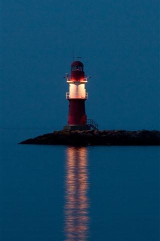 iPhone Papéis de Parede Farol, mar, noite, iluminação