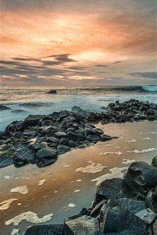 iPhone Fondos de pantalla Irlanda del norte, calzada del gigante, rocas, mar, puesta de sol