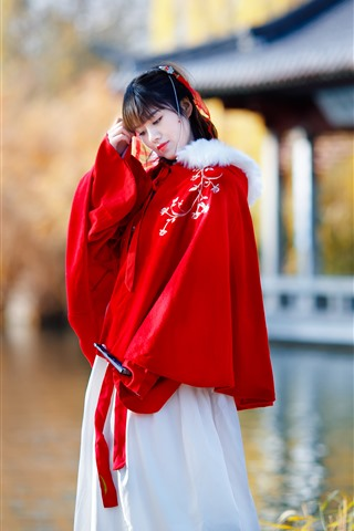iPhone Wallpaper Retro style Chinese girl, red dress, lake, park