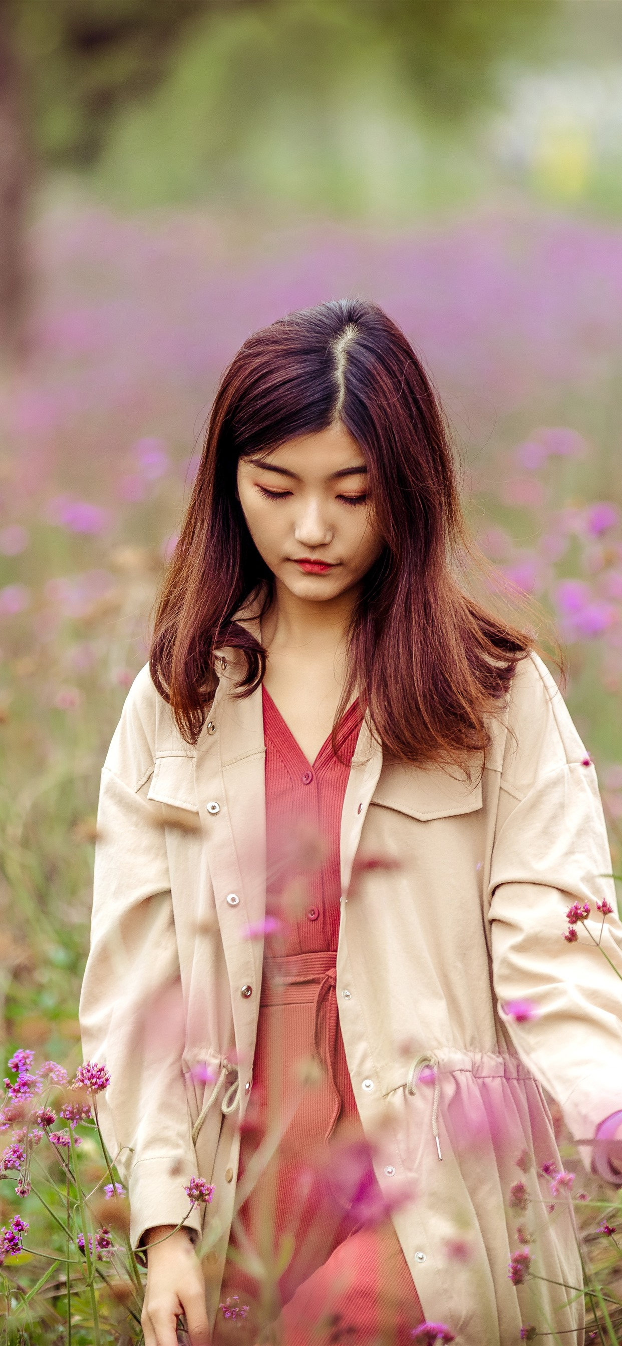 Wallpaper Sadness Girl Pink Wildflowers Hazy 7680x4320 Uhd 8k Picture Image