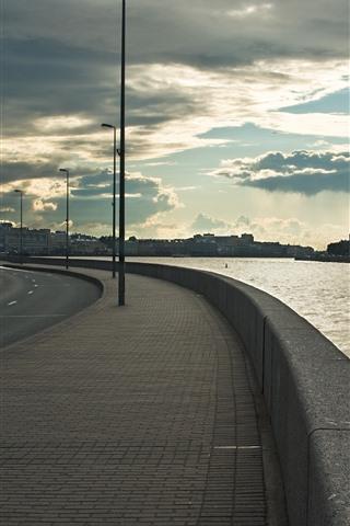 iPhone Wallpaper St. Petersburg, embankment, river, city, clouds, Russia