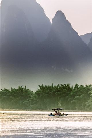 iPhone Wallpaper Beautiful Lijiang, mountains, river, sun rays, boat, China