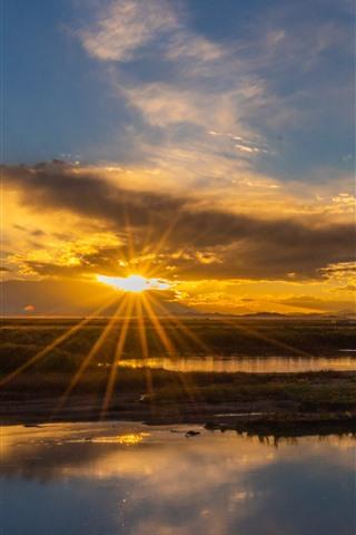 iPhone Wallpaper Chuanxi, river, sunrise, sun rays, China