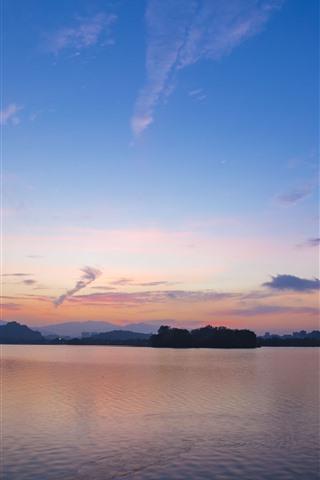 iPhone Wallpaper City, lake, dusk, sky