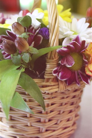 iPhone Wallpaper Flowers, bouquet, basket, hazy