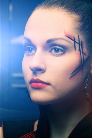 iPhone Wallpaper Girl, face, scar, light