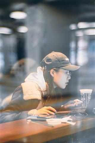 iPhone Wallpaper Girl use notebook, window