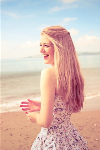 iPhone Wallpaper Happy blonde girl, skirt, beach, sea, summer