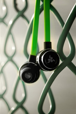 iPhone Wallpaper Headphone, wire fence