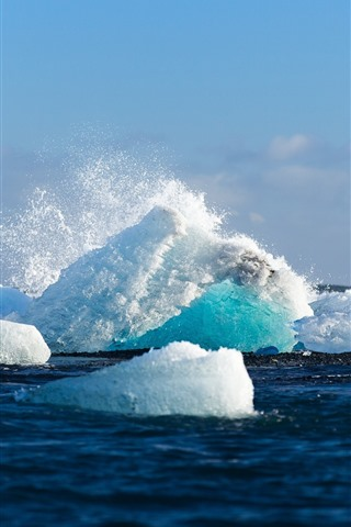iPhone Wallpaper Ice, iceberg, sea, water splash