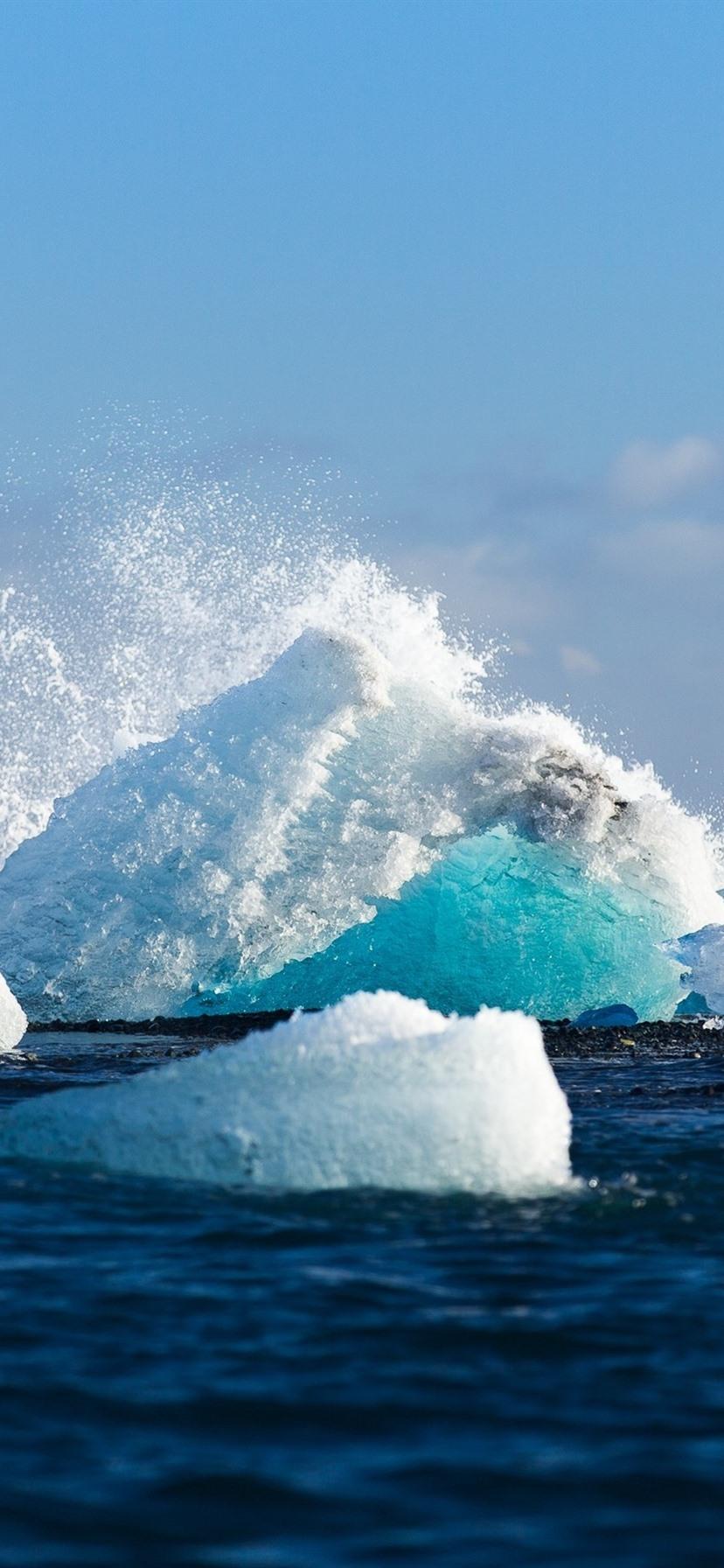 氷 氷山 海 水のしぶき 828x1792 Iphone 11 Xr 壁紙 背景 画像