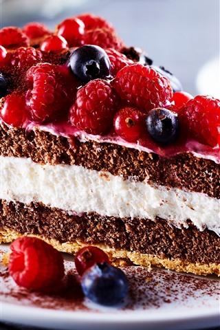 iPhone Wallpaper One slice of fruit cake, blueberries, raspberries