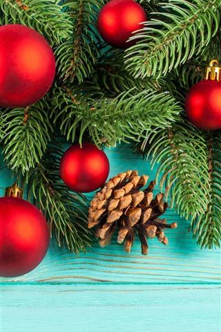iPhone Wallpaper Red Christmas balls, fir twigs
