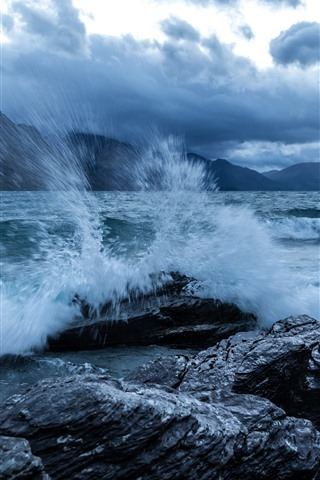 iPhone Wallpaper River, water, splash, rocks, shore, mountains, clouds