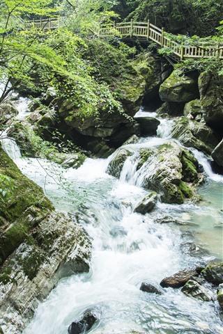 iPhone Wallpaper Shennongjia, Guanmenshan, creek, rocks, plank road, China