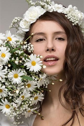 iPhone Wallpaper Smile girl, brown curls, flowers